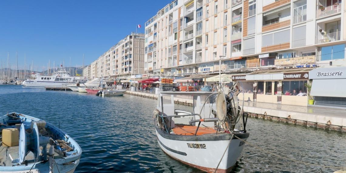 """Appartement d'architecture Jean de Mally, """"la Frontale"""" à Toulon"""