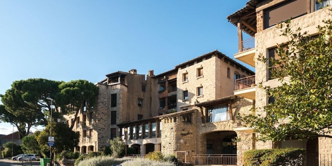 Une terrasse panoramique à Avignon, architecte Max Bourgoin