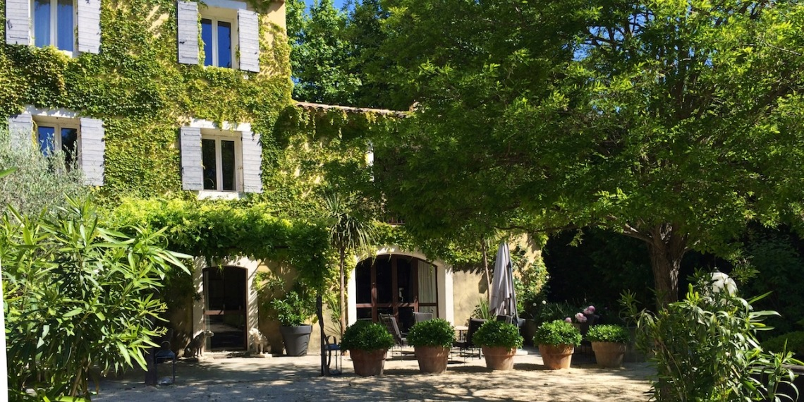 Le Thor, un mas en Provence pour des vacances de rêve
